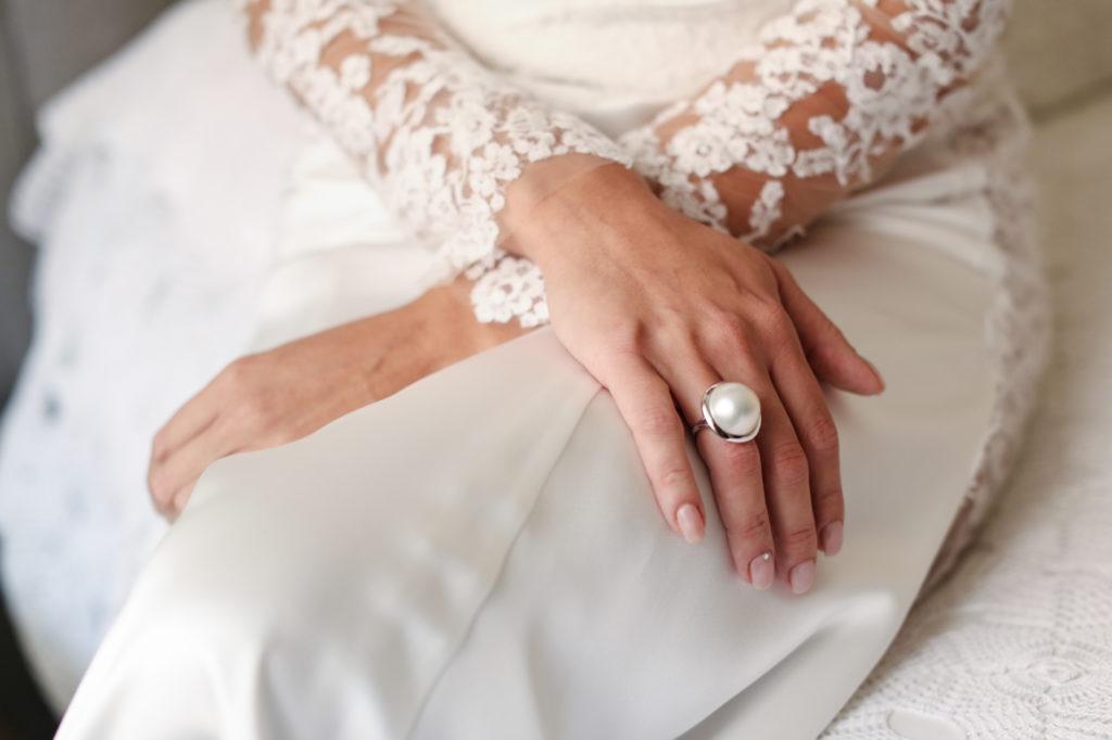 detail of ring's bride
